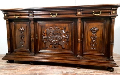Very large Renaissance buffet in solid walnut - Walnut - Mid 19th century