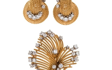 YELLOW GOLD AND DIAMOND SET