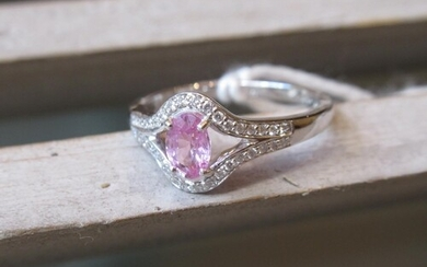 18ct White gold oval pink sapphire and diamond ring