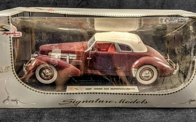 1937 Cord 812 Supercharged Limited 1/32 Scale Signature
