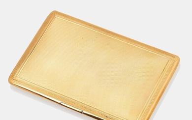 A Mappin & Webb 18K gold cigarette case