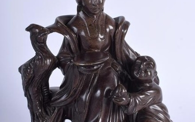 AN EARLY 20TH CENTURY CHINESE SOAPSTONE CARVED GROUP,