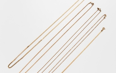 Group of 14kt Gold Chains and an 18kt Gold Chain