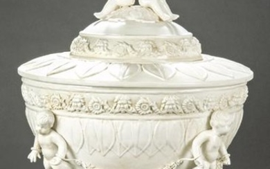 Large classic-inspired urn, in white enameled