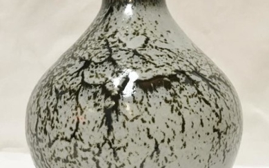 PETER SPARREY (Born 1967) - a stoneware vase with...