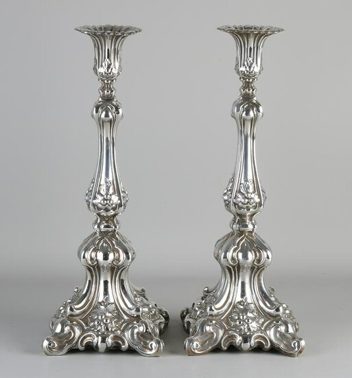 Two very fine silver candlesticks, 925/000, baroque