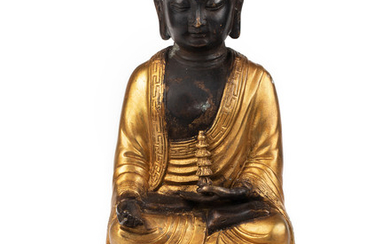 A CHINESE GILT BRONZE FIGURE OF A GUANYIN, QING DYNASTY, 18TH-19TH CENTURY