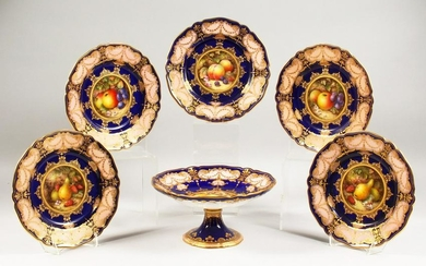 A SET OF FIVE ROYAL WORCESTER FRUIT PLATES and a