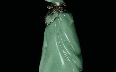 A jade snuff bottle, China, Qing D., 1800s
