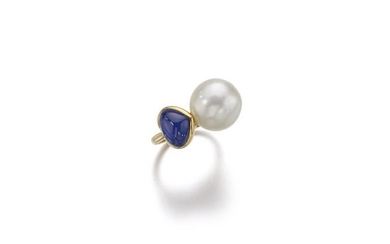 CULTURED PEARL AND SAPPHIRE RING, BENOIT DE GORSKI