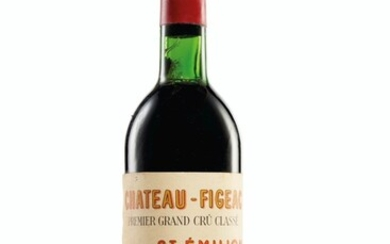 Château Figeac 1970, Saint-Emilion, 1er grand cru classé Slightly oxidized capsules, two corroded capsules, bin-soiled labels, one with signs of seepage, four partially detached labels Levels nine top, one upper, and two mid upper shoulder
