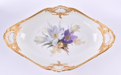 Fruit bowl KPM Berlin,inside with floral soft painting, rim with rich matte gold coating, blue sceptre mark, red imperial apple mark and war mark, 1st choice, H: 8,5 cm, W: 37,5 cm, D: 23 cm