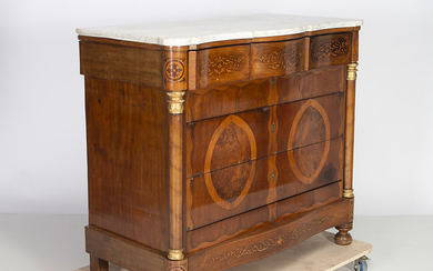 Mary Cristine Regency chest of drawers in mahogany, circa 1835.
