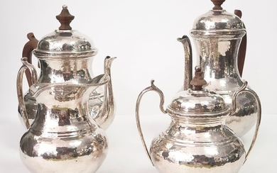 A tea and coffee set silver 21.5 cm - .916 (88 Zolotniki) silver - Manuel Alcino. - Europe - Mid 20th century