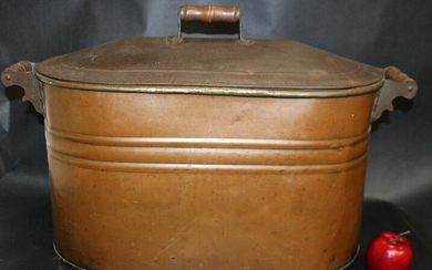 Antique French oval copper wash tub with lid