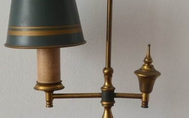Bouillotte lamp with lacquered metal shade on a marble base