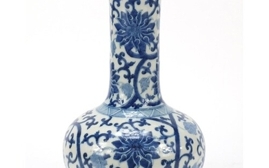 Chinese blue and white porcelain vase hand painted with flow...