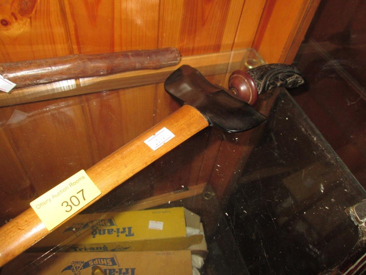 Early 20th century kris with carved hardwood handle blade le...