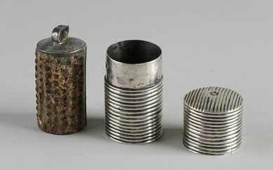 Early silver holder, 833/000, with nutmeg grater