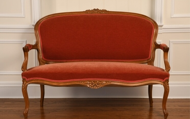 FRENCH STYLE CARVED FRAME SETTEE