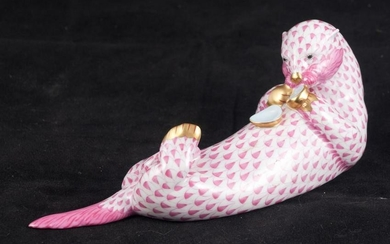 "Herend otter in pink and white, 8"" x 3"""