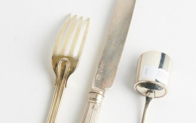 THREE PIECES OF VICTORIAN STERLING SILVER INCLUDING A CADDY SPOON AND A SILVER GILT FORK, LEONARD JOEL LOCAL DELIVERY SIZE: SMALL