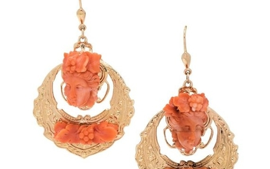 YELLOW GOLD AND CORAL EARRINGS