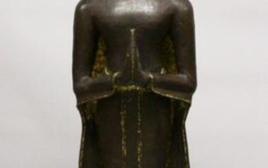 A VERY FINE AND LARGE 18TH CENTURY THAI BRONZE FIGURE