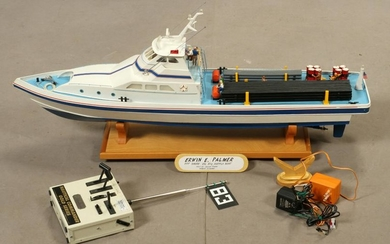 AMERICAN ENTERPRISE RADIO CONTROLLED MODEL BOAT