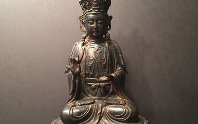 ANTIQUE Chinese Large Bronze Buddha Guanyin, early Qing period. Marked