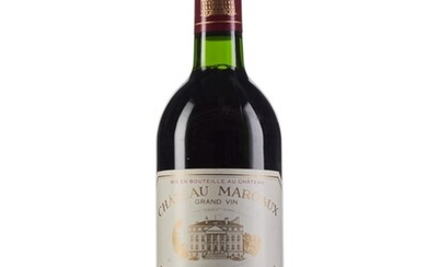 Château Margaux 1989, Margaux, 1er cru classé Slightly bin-soiled labels, one nicked label Levels three into neck and four base of neck