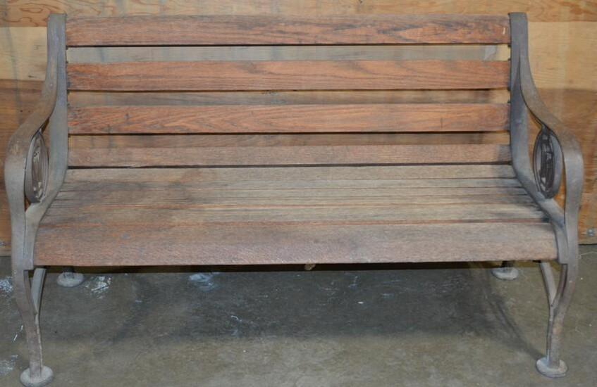 Chicago Northwest Wood Slat Bench w/Cast Iron Ends