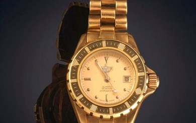 """HEUER"" LADY'S WRISTWATCH. CASE AND BRACELET IN 18K YELLOW GOLD. SWISS QUARTZ MOVEMENT. Exit: 400,00 Euros. (66.554 Ptas.)"