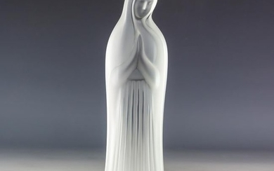 LALIQUE Crystal Hands Together Virgin Mary Figure