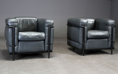 Le Corbusier. LC2 lounge chair in black leather, black frame