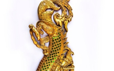 Pair of dragon-shaped wall reliefs