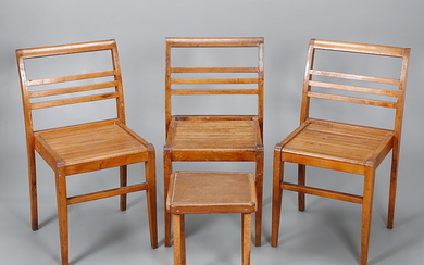 RENÉ GABRIEL. Set of three stackable chairs and side table.
