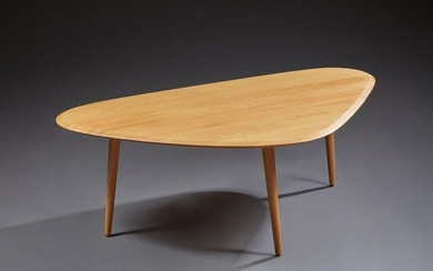 Table 50's large, Red edition. Table basse...