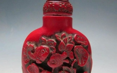 Vintage Carved Chinese Cinnabar Goldfish Snuff Medicine