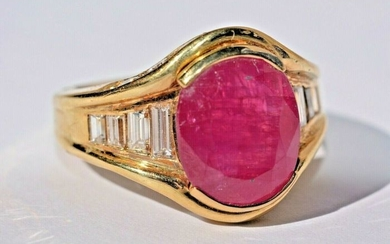 18 kt. Gold - Ring - 3.50 ct Ruby - Diamonds