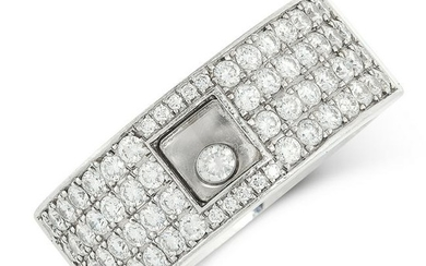 A HAPPY DIAMOND RING, CHOPARD in 18ct white gold, set