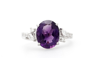 Amethyst and diamonds ring.