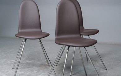 Arne Jacobsen. Four leather upholstered chairs, 'The Tongue' (3)