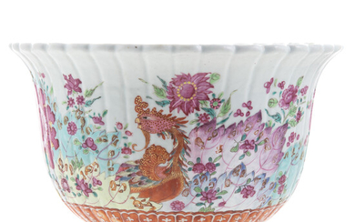 Chinese Export Pseudo Tobacco Leaf Jardiniere