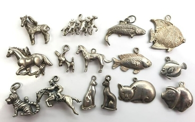 """Collection of 15 : Vintage Sterling Silver """"Pet"""" Charms"""