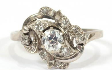 DIAMOND AND WHITE GOLD LADY'S RING C. 1940