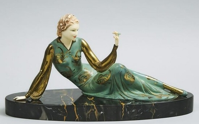 French School Art Deco Figural Mantle Scupture, c.1930