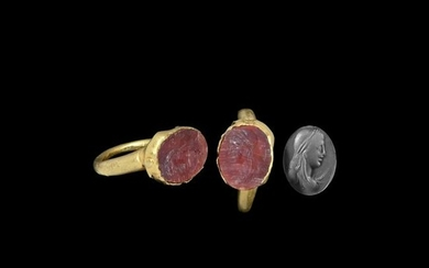 Roman Gold Ring with Female Bust Gemstone