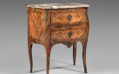 Small chest of drawers inlaid in rosewood quartefeuille...