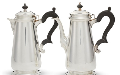TWO SIMILAR AMERICAN SILVER COFFEE POTS, MARK OF TIFFANY & CO., NEW YORK, SECOND HALF 20TH CENTURY